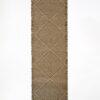 marokkansk-berber-taepper-haendlavet-i-bedste-uld-kvalitet-i-farver-sort-brun-og-raehvid-designet-af-henriette-w-leth