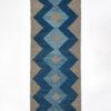 marokkansk-berber-taepper-haendlavet-i-bedste-uld-kvalitet-i-plantefarver-indigo-blaa-lysblaa-og-graa