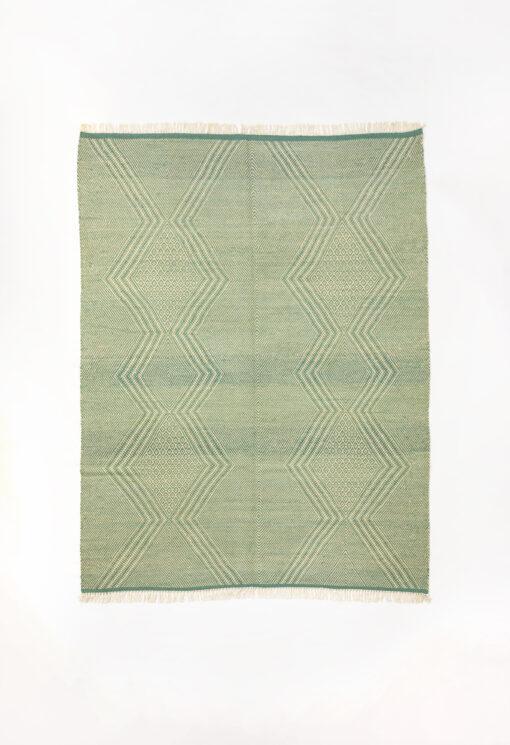 marokkansk-berber-taepper-haendlavet-i-bedste-uld-kvalitet-i-plantefarver-groen-og-raehvid
